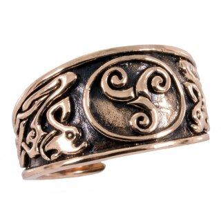 Celtic Ring 15 - bronze 52-60