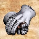 Gauntlets, 1350-1450 - Standard